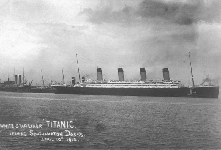 an account of events during the tragic end of maiden voyage the titanic in 1912