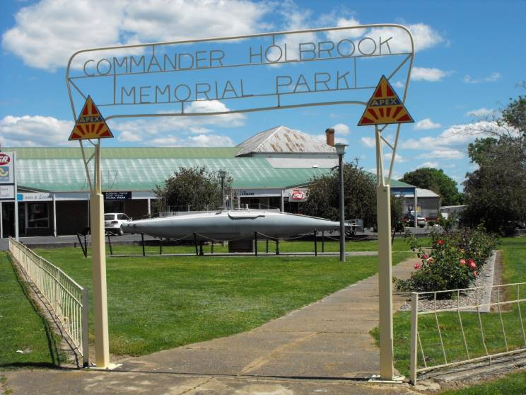 Holbrook Australia  City pictures : commander holbrook memorial park located in holbrook nsw australia ...