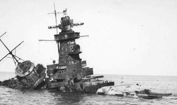 Admiral Graf Spee from www.maritimequest.com