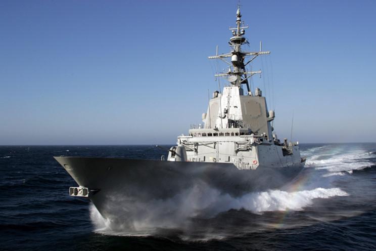 Военные корабли Испании и Канады вошли в акваторию Черного моря