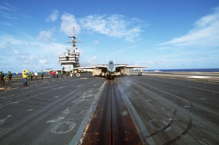 C 2a Greyhound Logistics Aircraft MaritimeQuest - USS Jo...