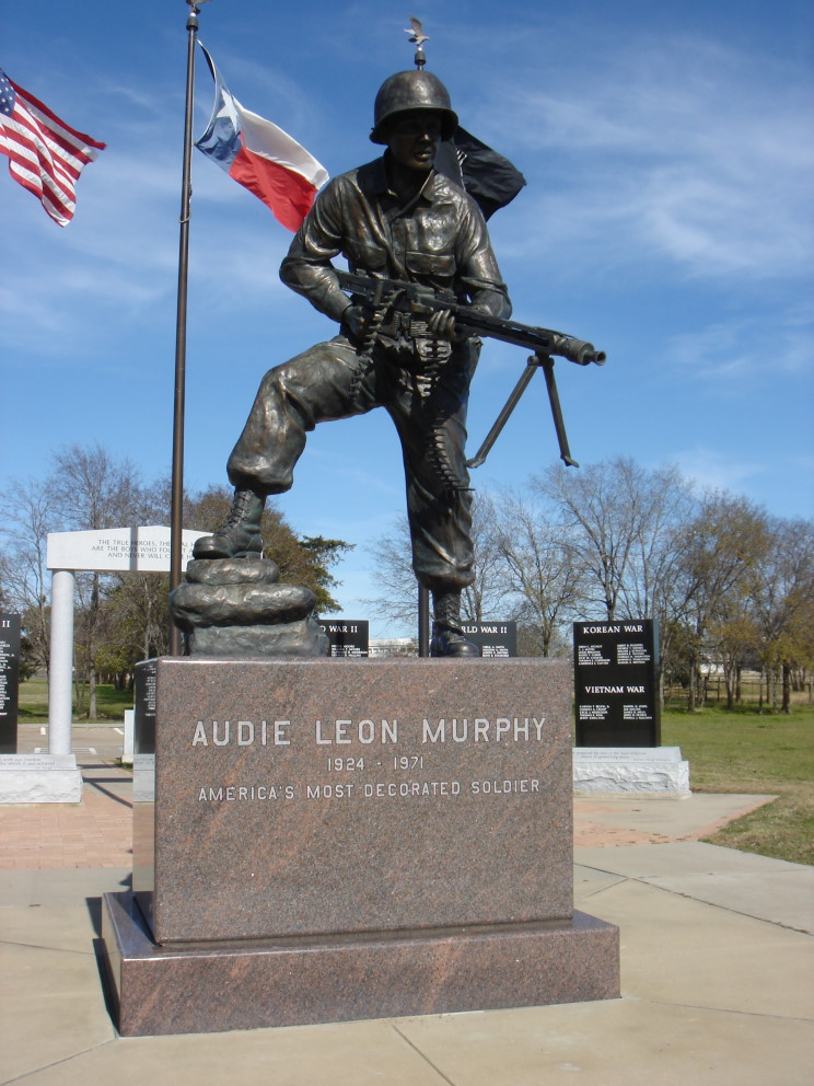 Maritimequest Audie Murphy Hunt County War Memorial